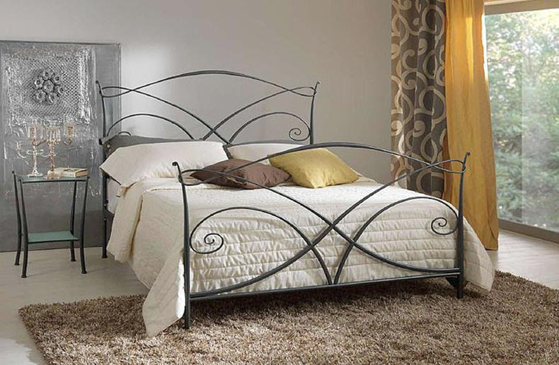 tailor made wrought iron bed. Black Bedroom Furniture Sets. Home Design Ideas