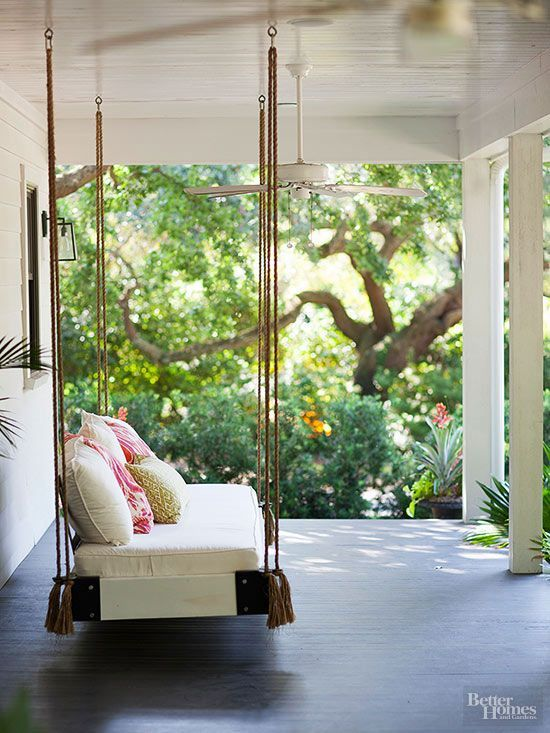 This Swinging Bed Can Be Placed On A Terrace, Near A Garden. The Coloured  Cushions Brighten Up The Couch.