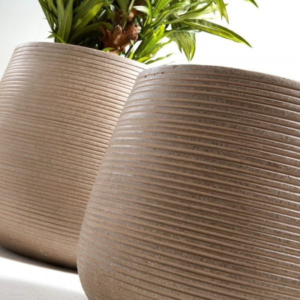 aa1134rf10-lis-set-2-planters-cement-brown (1)