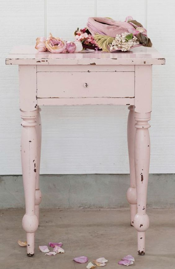 DIY shabby chic furniture: On your marks… Get set for the Patina!