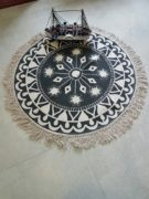 Round rug with patterns