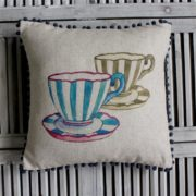 Coussin Teacups