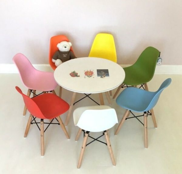 Kids chair and table Eiffel